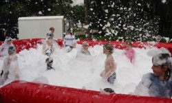 Foam Party game,softplaycompany.co.uk